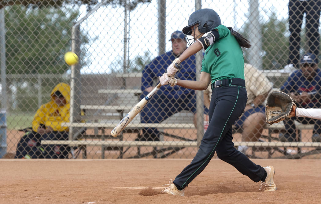 Palo Verde's Alyssa Lybbert bats against Centennial during a softball game atPal ...