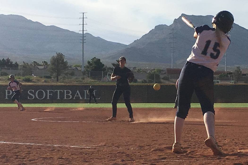 Palo Verde's Taylor Askland pitches to Shadow Ridge's Mia Voges in a Sunset Regi ...