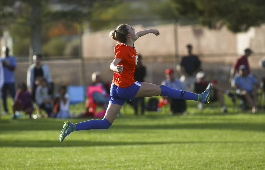 Bishop Gorman's Jacqueline Hillegas (23) celebrates her game-winning goal in a penalty ...