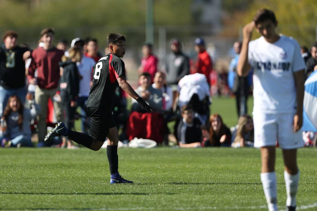 Las Vegas' Daniel Rangel (8) celebrates his score during the second half against Coron ...