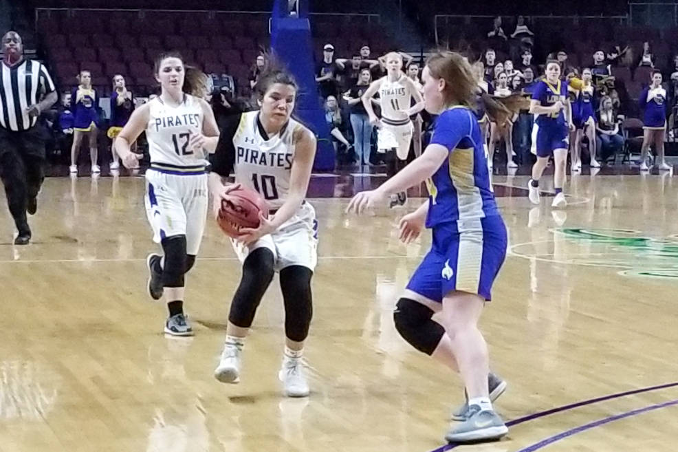 Moapa Valley's Peyton Schraft brings the ball down the floor against Lowry's Sie ...