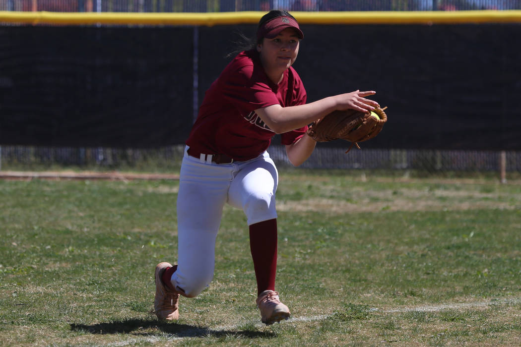 Desert Oasis Ruby Martinez (10) makes a catch in the outfield for an out against Rancho in t ...