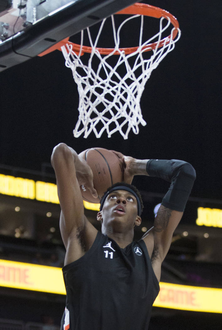 Alonzo Gaffney (11) goes up for a dunk in the first half during the Jordan Brand Classic All ...