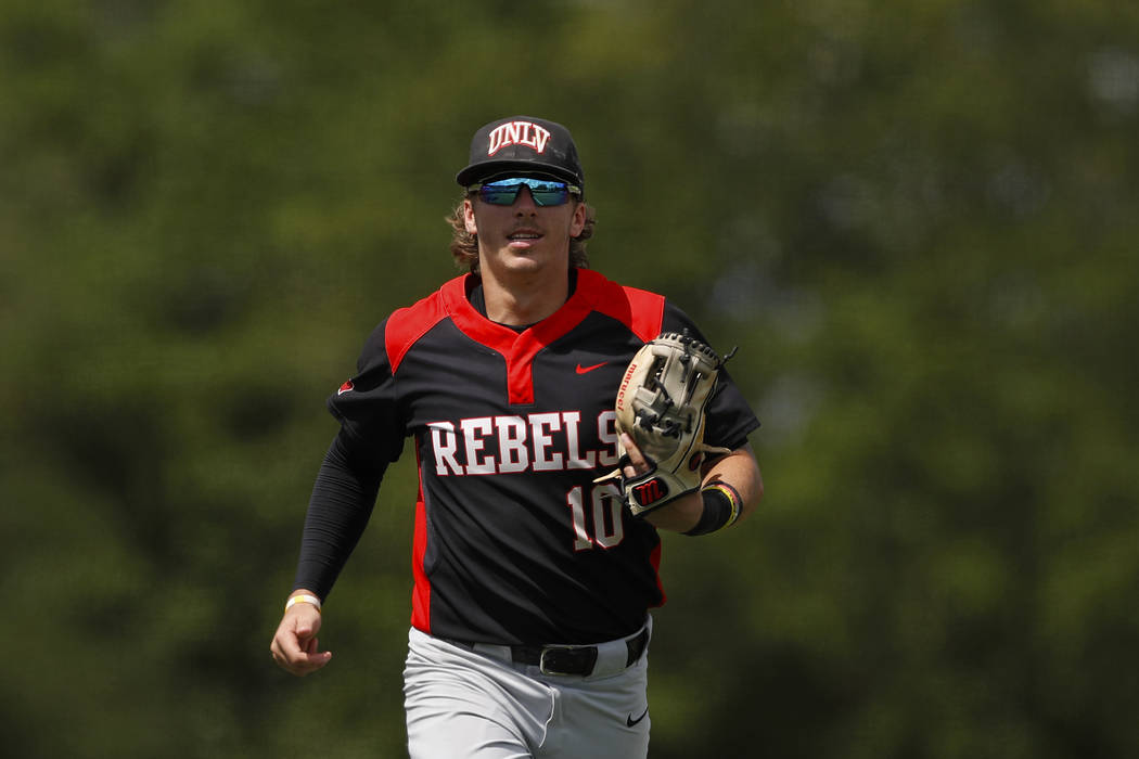 UNLV's Bryson Stott (10) runs toward the dugout during an UNLV at University of Housto ...