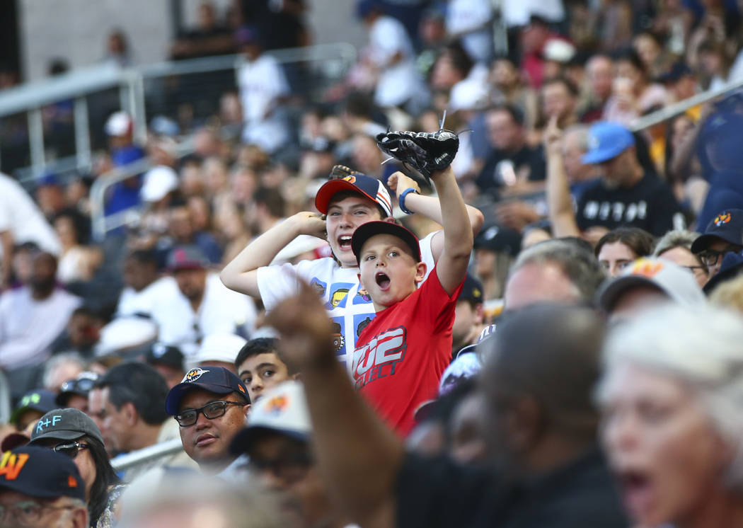 "Las Vegas Aviators fans cheer as the team plays against Round Rock Express in ""Reyes de Pl ..."