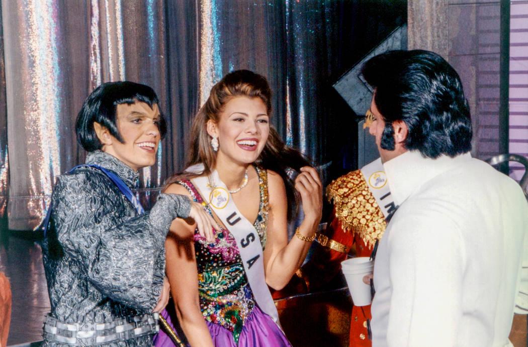 Miss USA 1996, Ali Landry, arrives for the Star Trek opening at the Las Vegas Hilton. (Westgate)