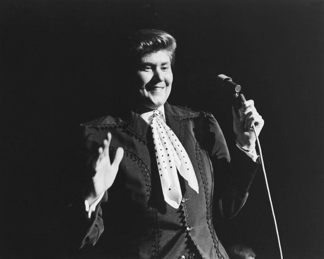 Wayne Newton performs at the Frontier hotel-casino in Las Vegas, June 25, 1970. (Las Vegas News ...