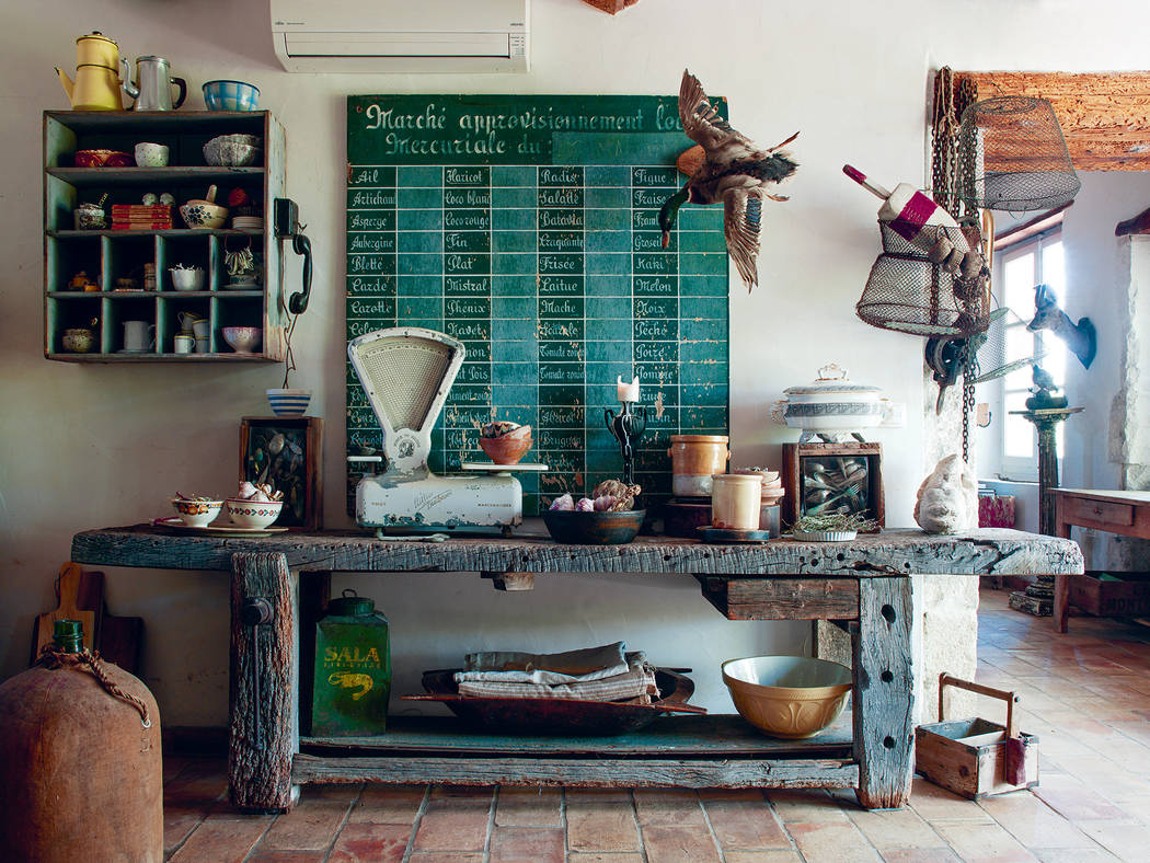 This Provencal farmhouse is located in the village of Noves, France. (Joanna Maclennan)