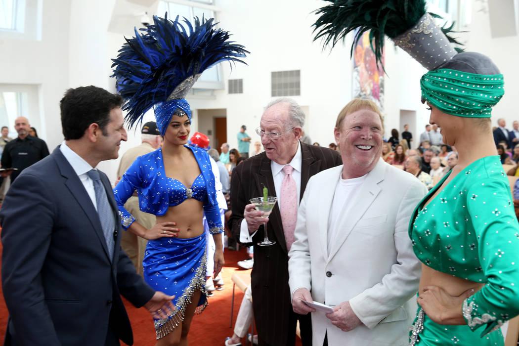 Raiders owner Mark Davis, Oscar Goodman reunite at Las Vegas