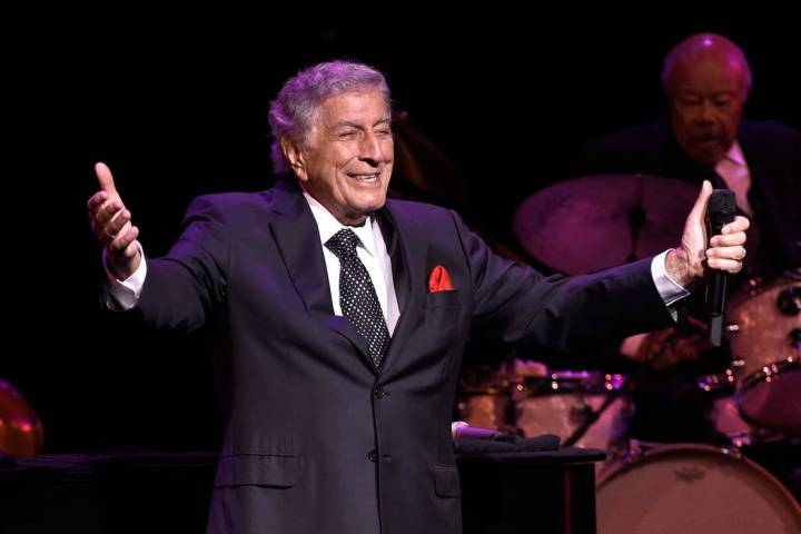 Recording artist Tony Bennett performs at the Encore Theater at Wynn Las Vegas on Nov. 1, 2017, ...