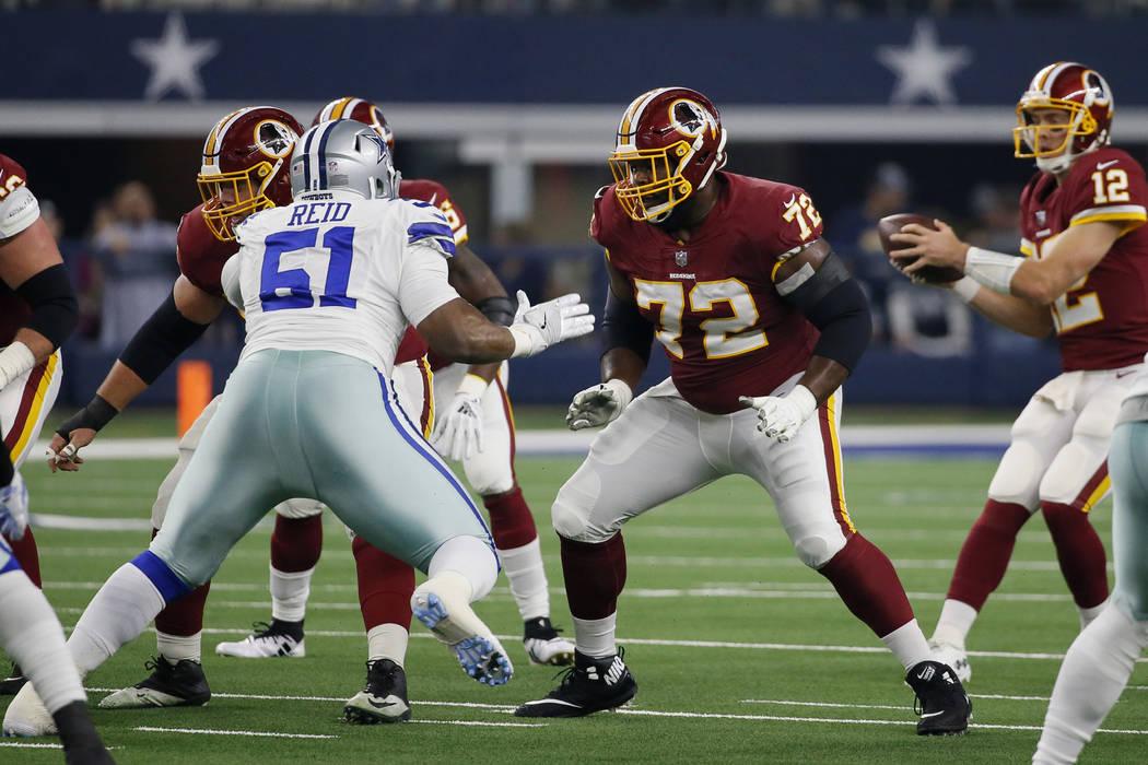 Washington Redskins offensive guard Jonathan Cooper (72) blocks against Dallas Cowboys defensiv ...