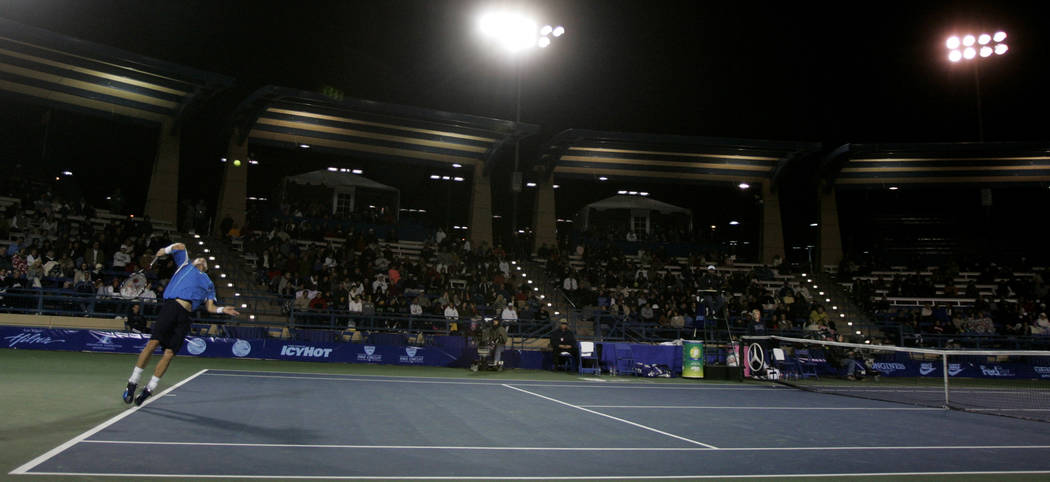 Lleyton Hewitt, of Australia, serves to Marat Safin, of Russia, during the first round of Tenni ...