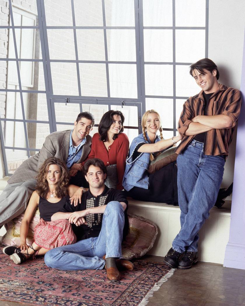 """Friends"" stars David Schimmer (Ross), left, Courteney Cox (Monica), Lisa Kudrow (Phoebe), Matt ..."