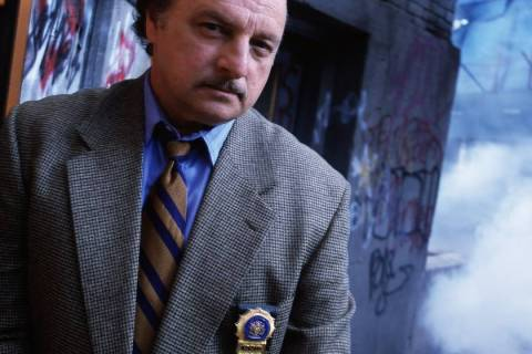 FILE*** NYPD Blue: Dennis Franz 64703 (10/23-4/00) NYPD BLUE - GALLERY DENNIS FRANZ Ph ...