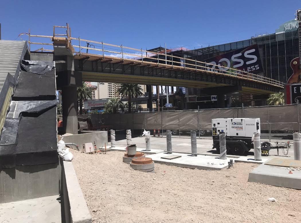 Las Vegas Boulevard will close to traffic overnight next week as work on a pedestrian bridge co ...
