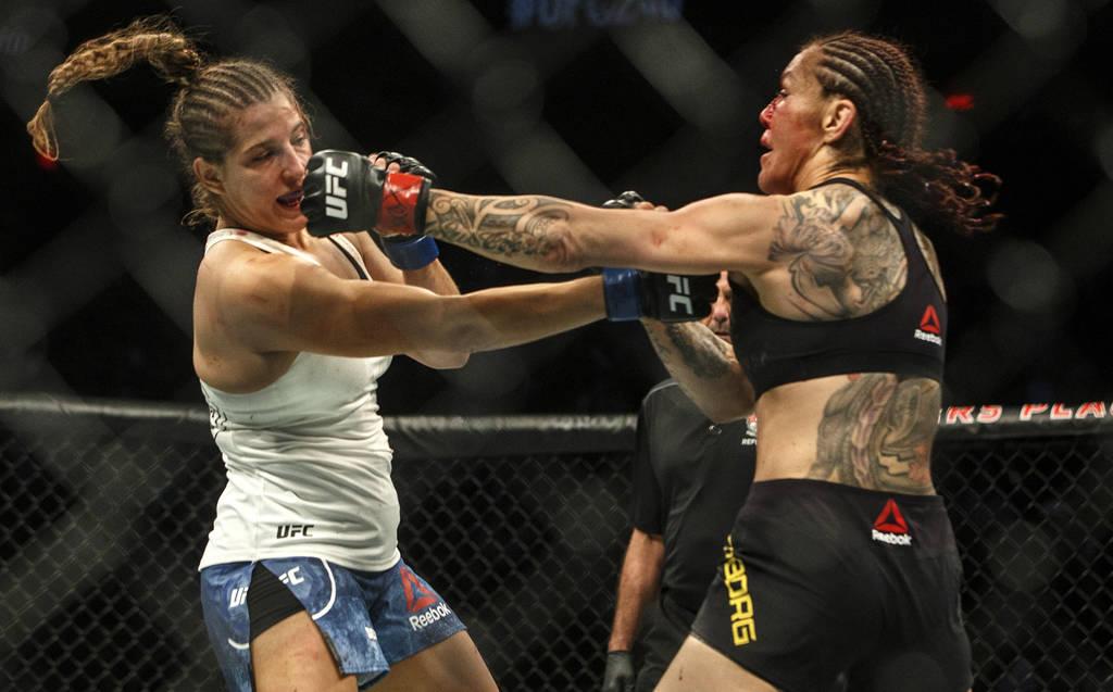 UFC 240: Max Holloway beats Edgar, Cyborg wins