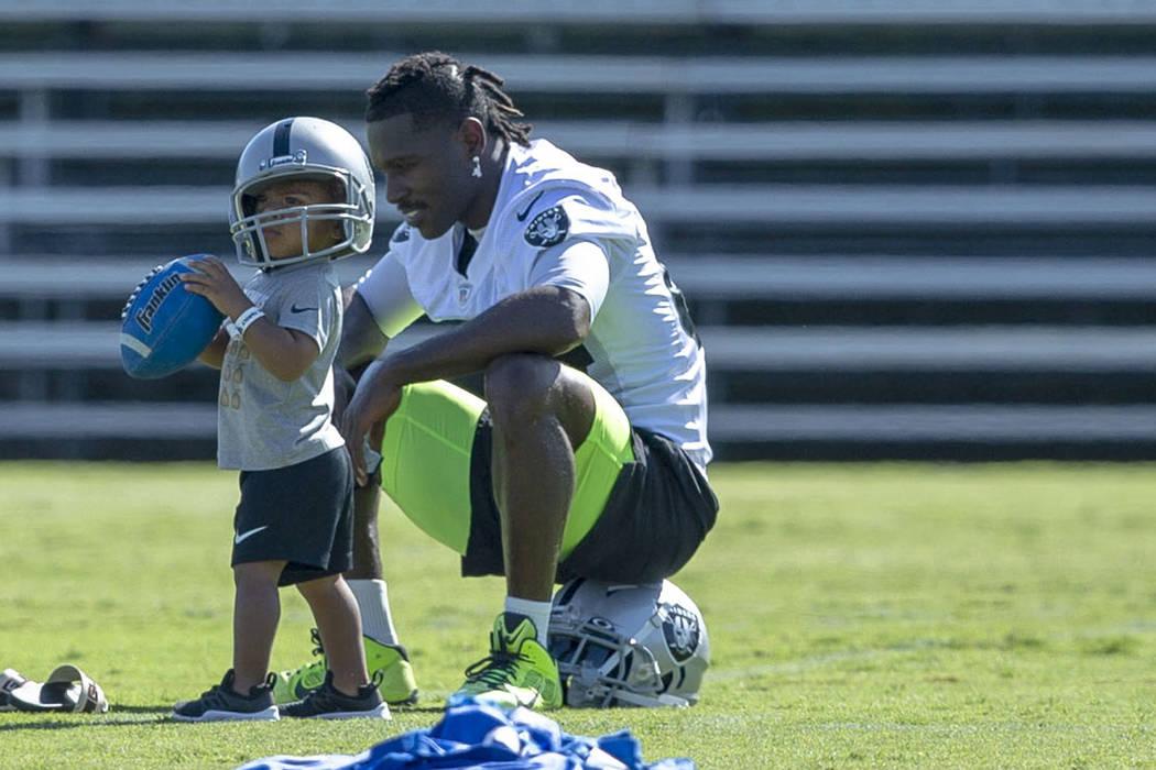 Antonio Brown Son >> Raiders Activate Wr Antonio Brown Ease Him Back Las Vegas