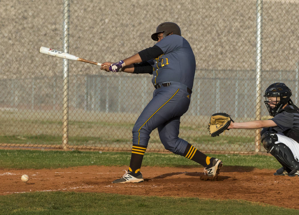 Bonanza first baseman Sebastian Rosales-Hernandez (21) hits a double in the fourth inning du ...