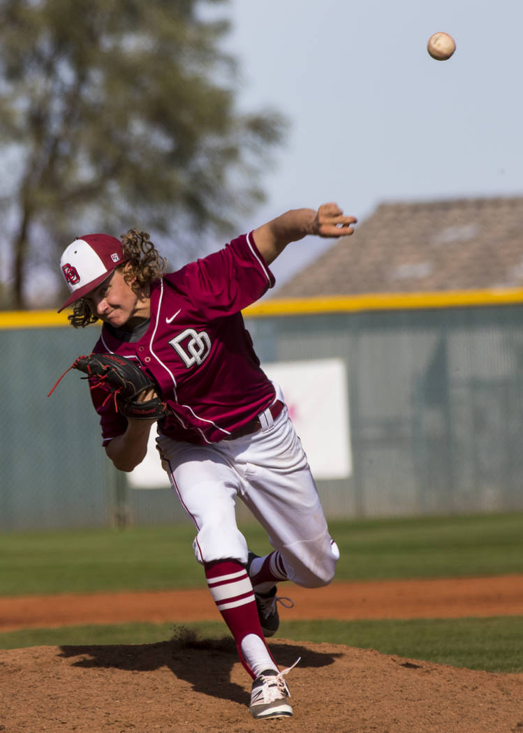 Desert Oasis pitcher Josh Sharman (5) throws during the third inning of the championship gam ...