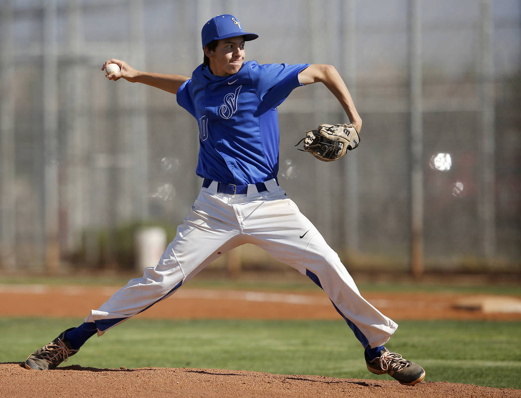 Sierra Vista's Alex Chavira (10) pitches during the first inning of a high school base ...