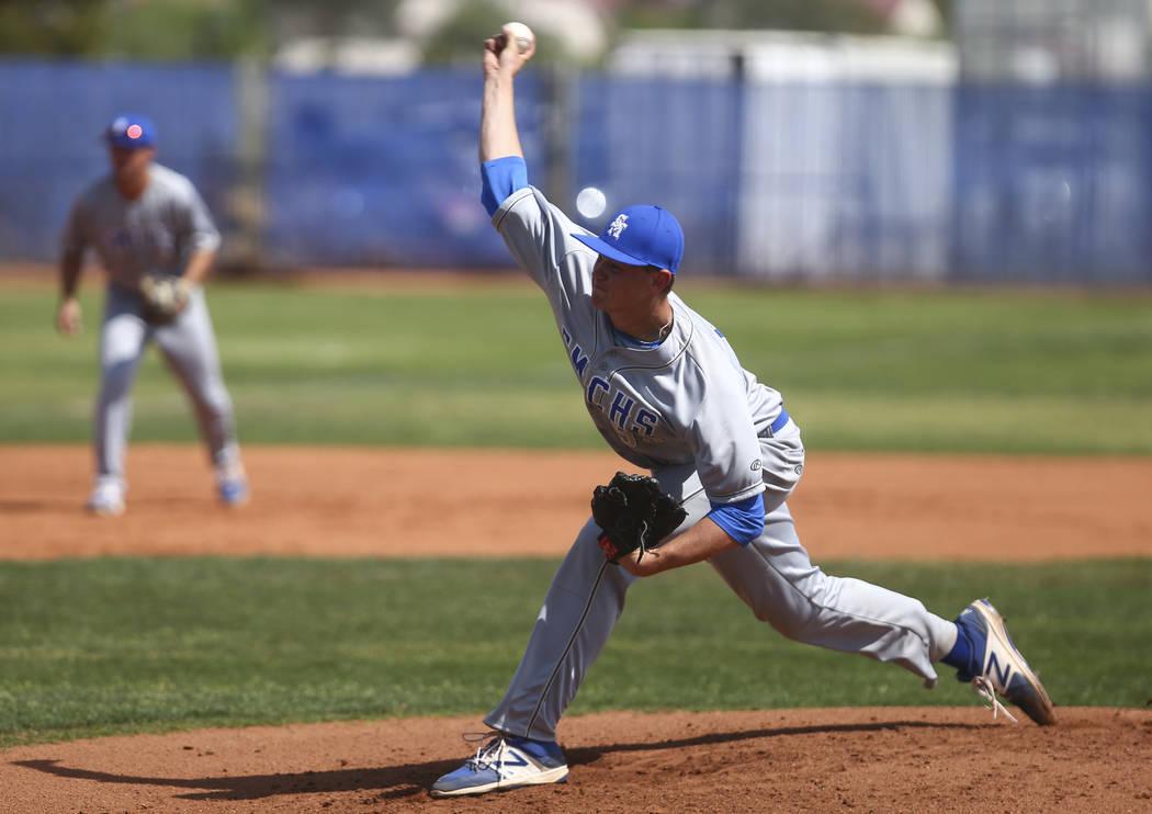 Santa Margarita's Chandler Champlain (55) pitches to Basic during a baseball game at B ...