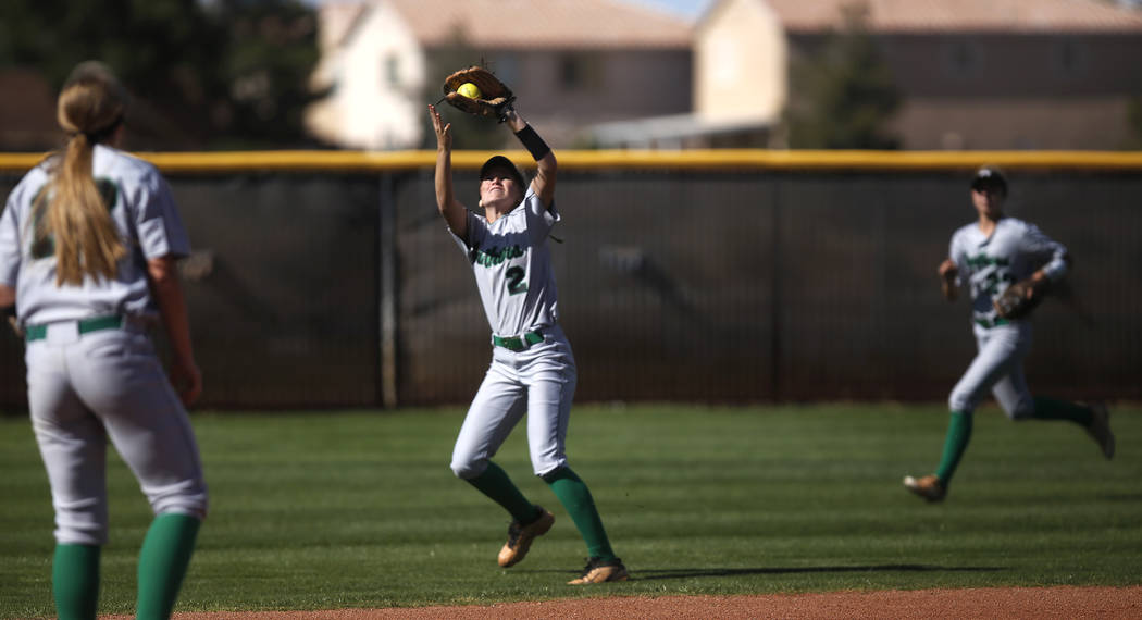 Palo Verde's Jessica Nimmo (2) catches a fly ball during the first inning of a high sc ...