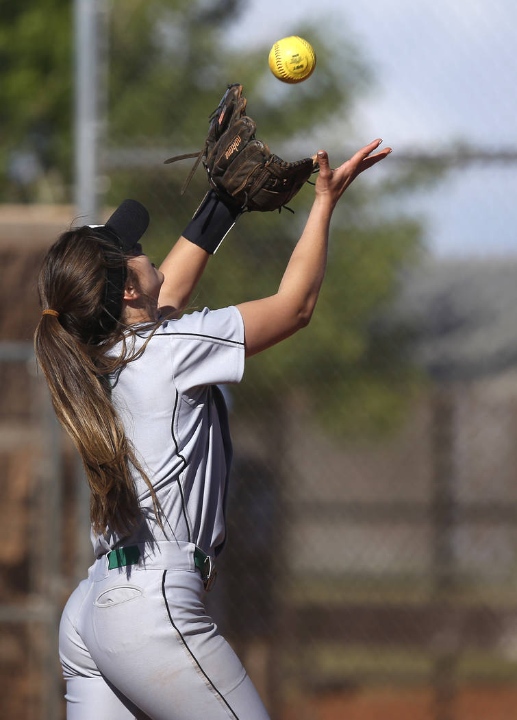 Palo Verde's Taylor Askland (3) catches a fly ball during the third inning of a high s ...