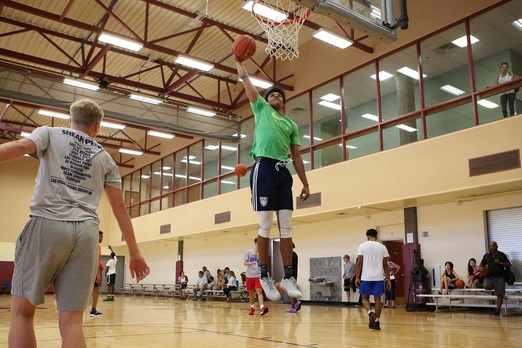 Jamal Bey runs drills during a Vegas Elite practice in Las Vegas on Tuesday, July 25, 2017. ...