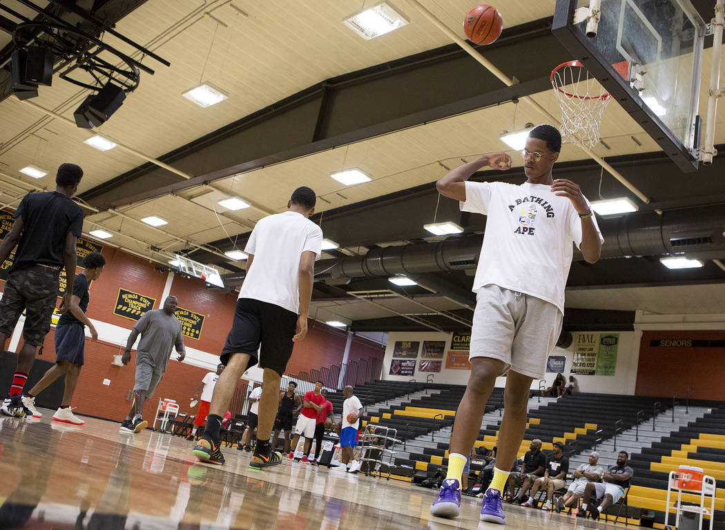Cal Supreme player Shareef O'Neal, son of Shaquille O'Neal, practice with teamma ...