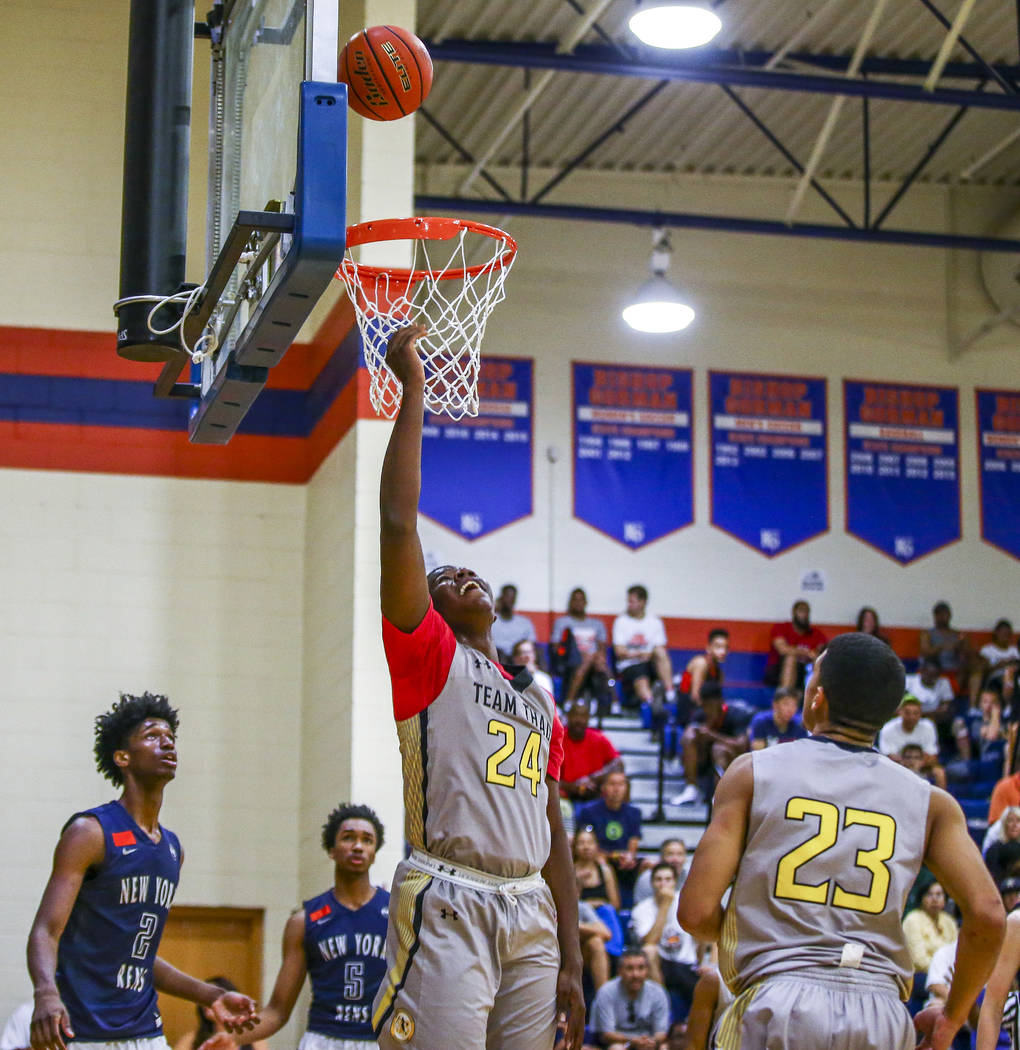 Team Thad's Javian Fleming (24) attempts a layup during the Las Vegas Fab 48 Champions ...