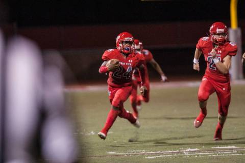 Arbor View High School Aggie running back Rodney Pitts (24) heads towards the end zone at Ar ...