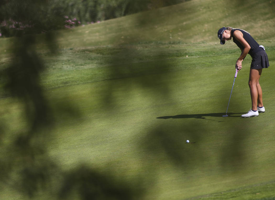 Palo Verde's Annick Haczkiewicz putts during the Class 4A state girls golf tournament ...