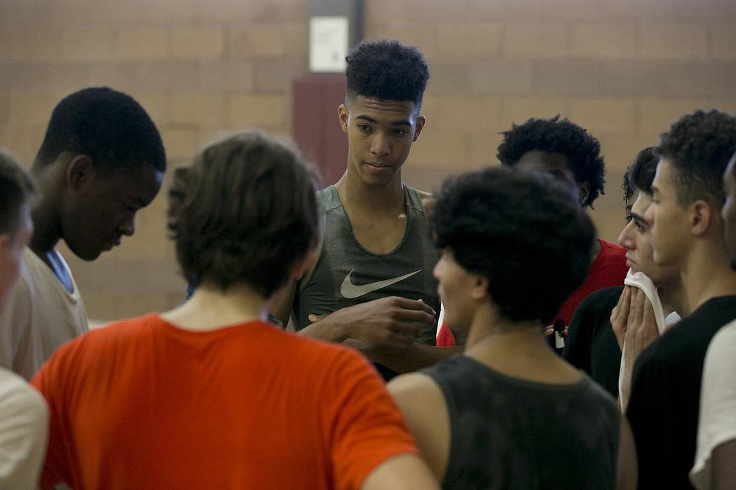 Isaiah Cottrell runs drills during a Vegas Elite practice in Las Vegas on Tuesday, July 25, ...