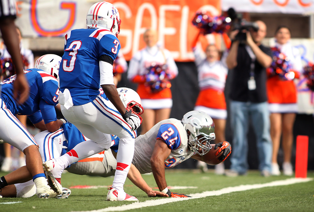 Bishop Gorman defeats Liberty 63-10 to win state ...