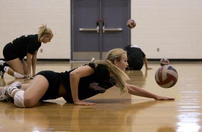 NP Hayley Spelman Durango volleyball 90308