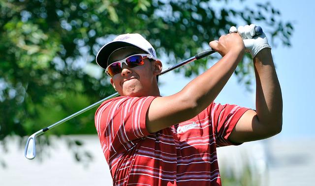 Coronado's Brad Keyer tees off during the final round of the Sunrise Region tournament ...