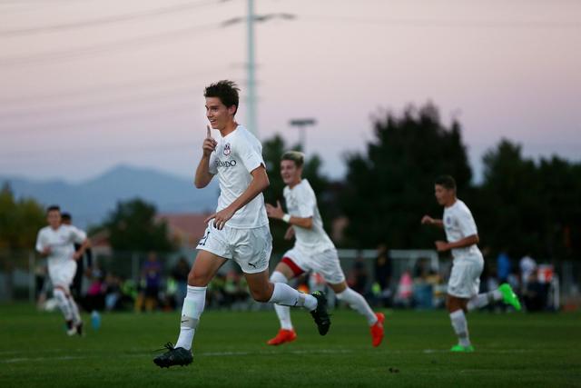 Coronado's Mat Laudenslager (21) celebrates scoring a goal against Durango at the Bett ...