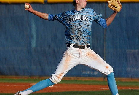Centennial's James Harbour (6) delivers a pitch against Las Vegas during their basebal ...