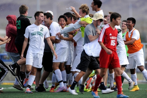Palo Verde players celebrate their 2-1 victory over Valley in the Division I boys state socc ...
