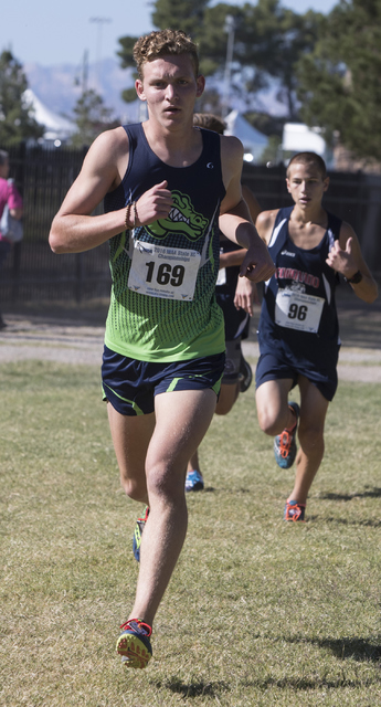 Mark Bowler, front, and Bryce Tondryk keep the pace during the boys 4A NIAA State Championsh ...