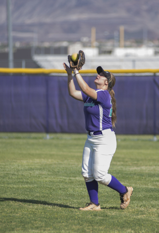Silverado's Taryn Southerland (29) catches a fly ball against Rancho during the first ...