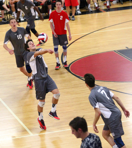Arbor View's Chris Heron (5) receives the ball from Legacy as Sam Buckels (10), Peter ...