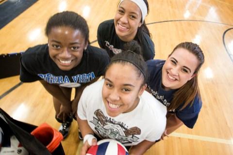 Sierra Vista's girls volleyball players from left Sydney Land, Bridgett Levi, Kira Fel ...