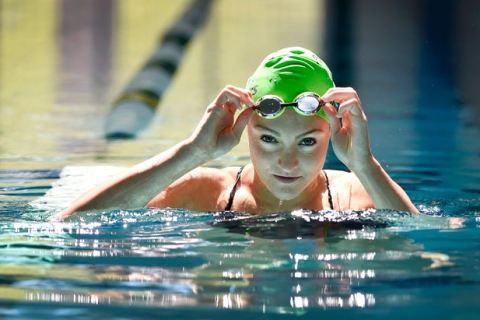 Senior Izzy Goldsmith of Palo Verde High School adjusts her goggles as she swims at the Pavi ...