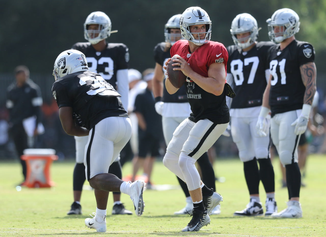 Raiders' Johnathan Abram stands out in joint practice with