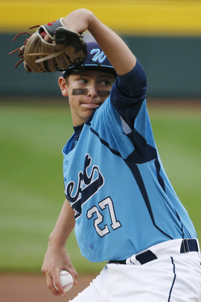 Las Vegas' Brennan Holligan (27) delivers against Chicago in the first inning of the United Sta ...