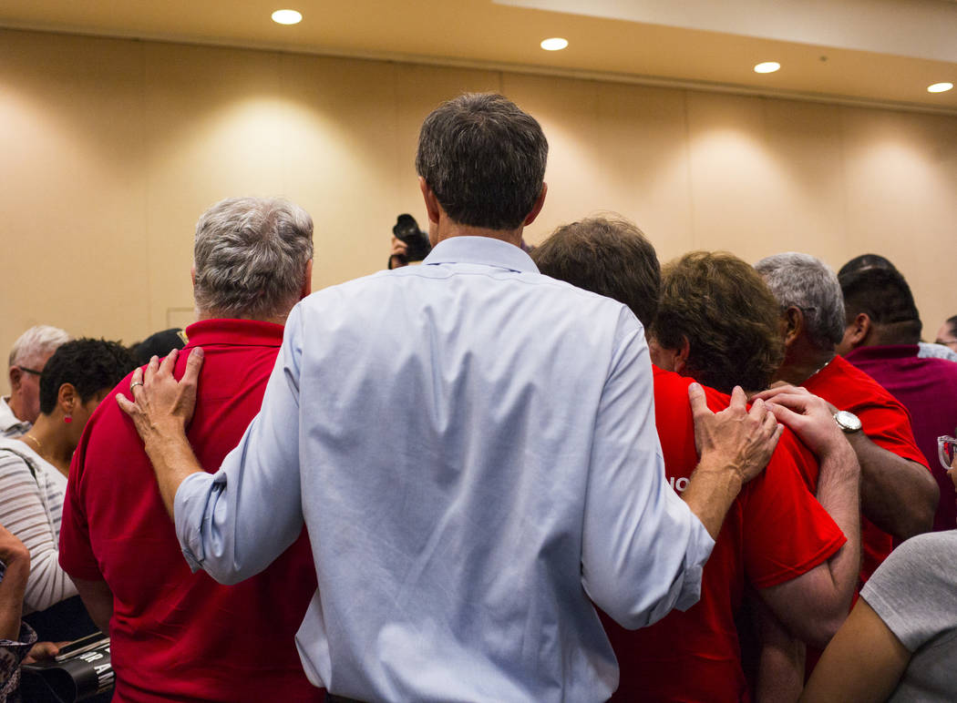 Democratic presidential candidate and former Texas congressman Beto O'Rourke poses for a pictur ...