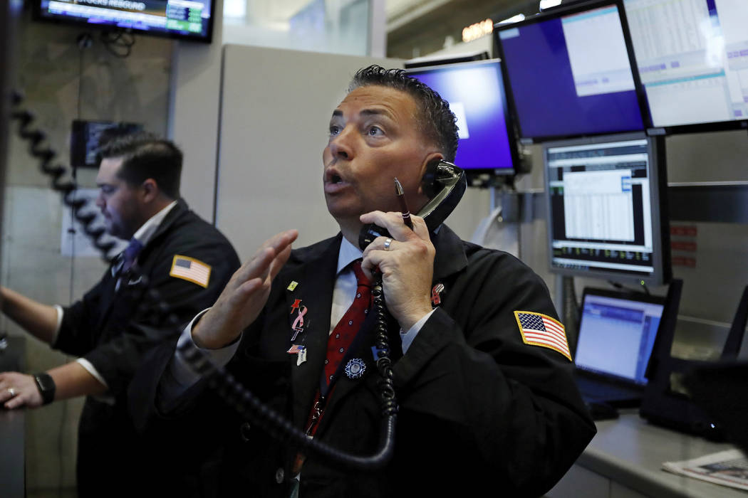 Stocks, bonds slide amid widespread fear of economic slowdown | Las