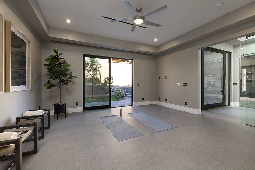 The meditation/yoga room. (Synergy|Sotheby's International Realty)