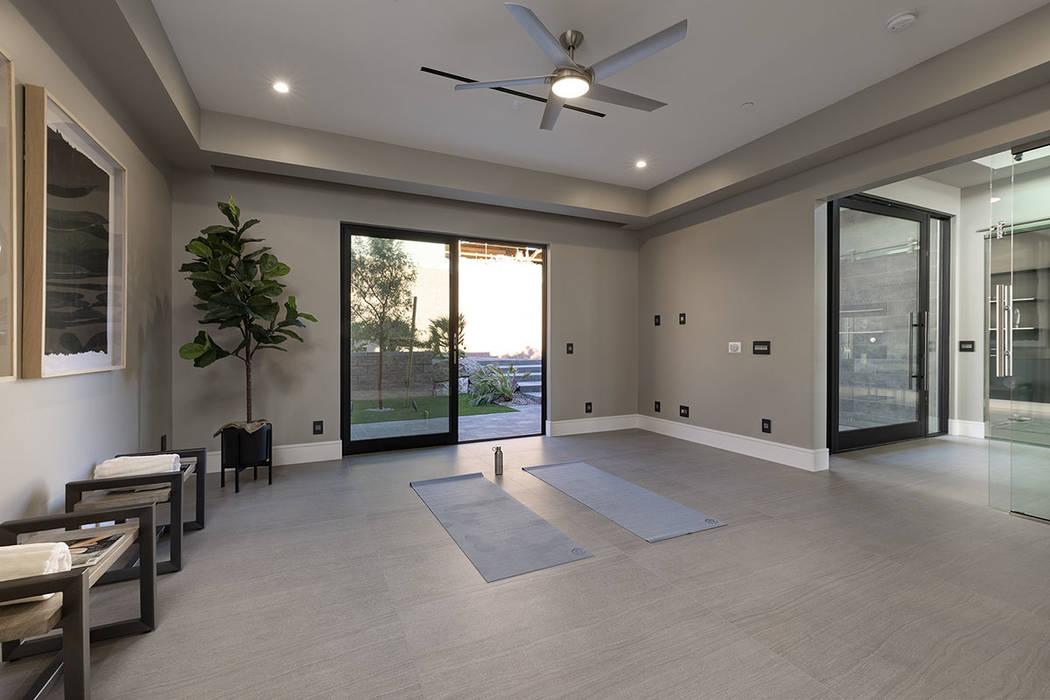 The meditation/yoga room. (Synergy Sotheby's International Realty)